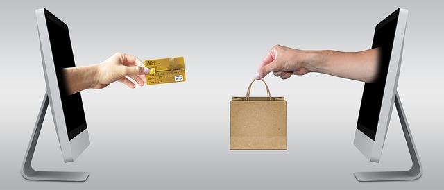 Risparmiare acquistando on-line: controllare lo storico dei prezzi e verificare il reale prezzo dei prodotti